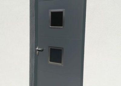 drzwi stalowe panel, antracyt z nierdzewnymi okienkami