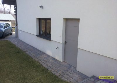 , Doors made of panels