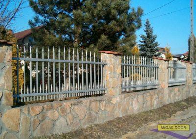 , Fence spans