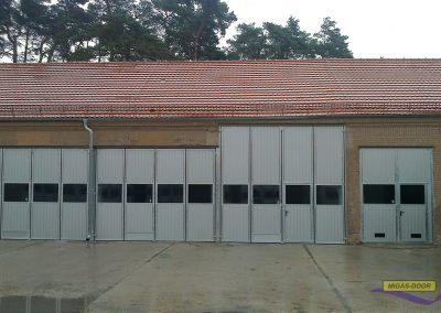 , Indrustrial folding doors