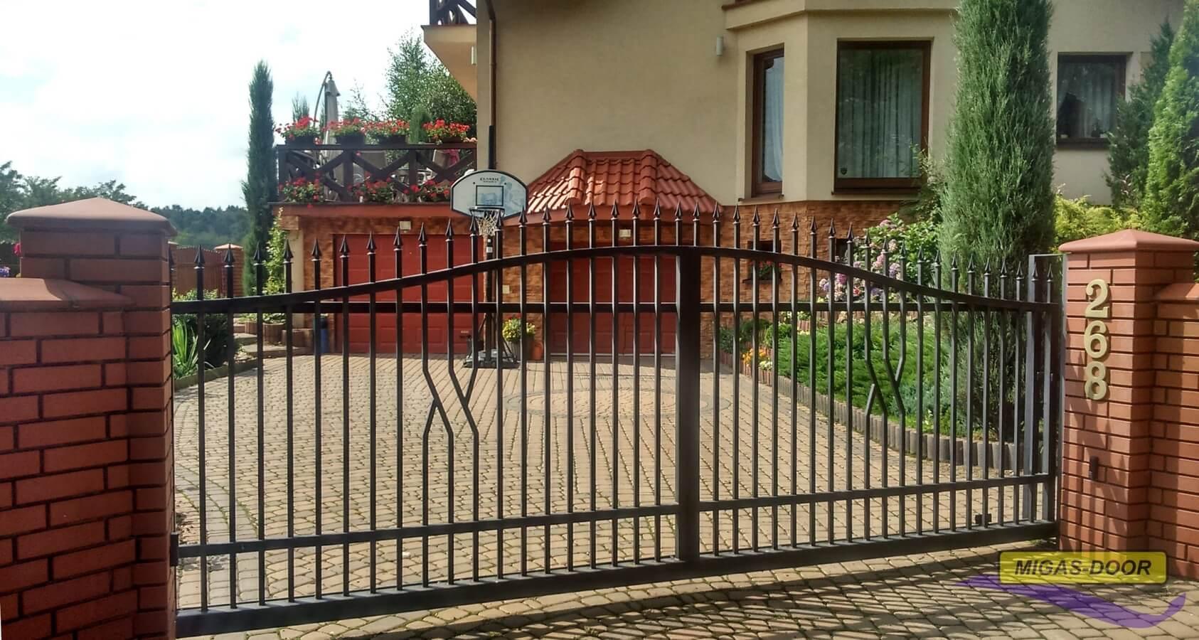 brama-ogrodzeniowa-dwuskrzydlowa-lux