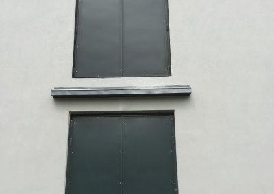 Bramy dwuskrzydłowe pokryte blachą
