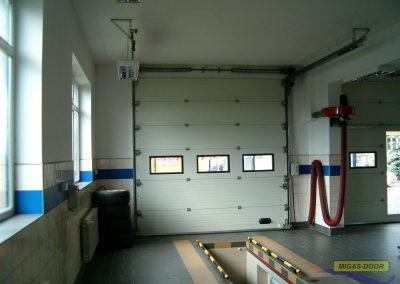 brama segmentowa przemyslowa