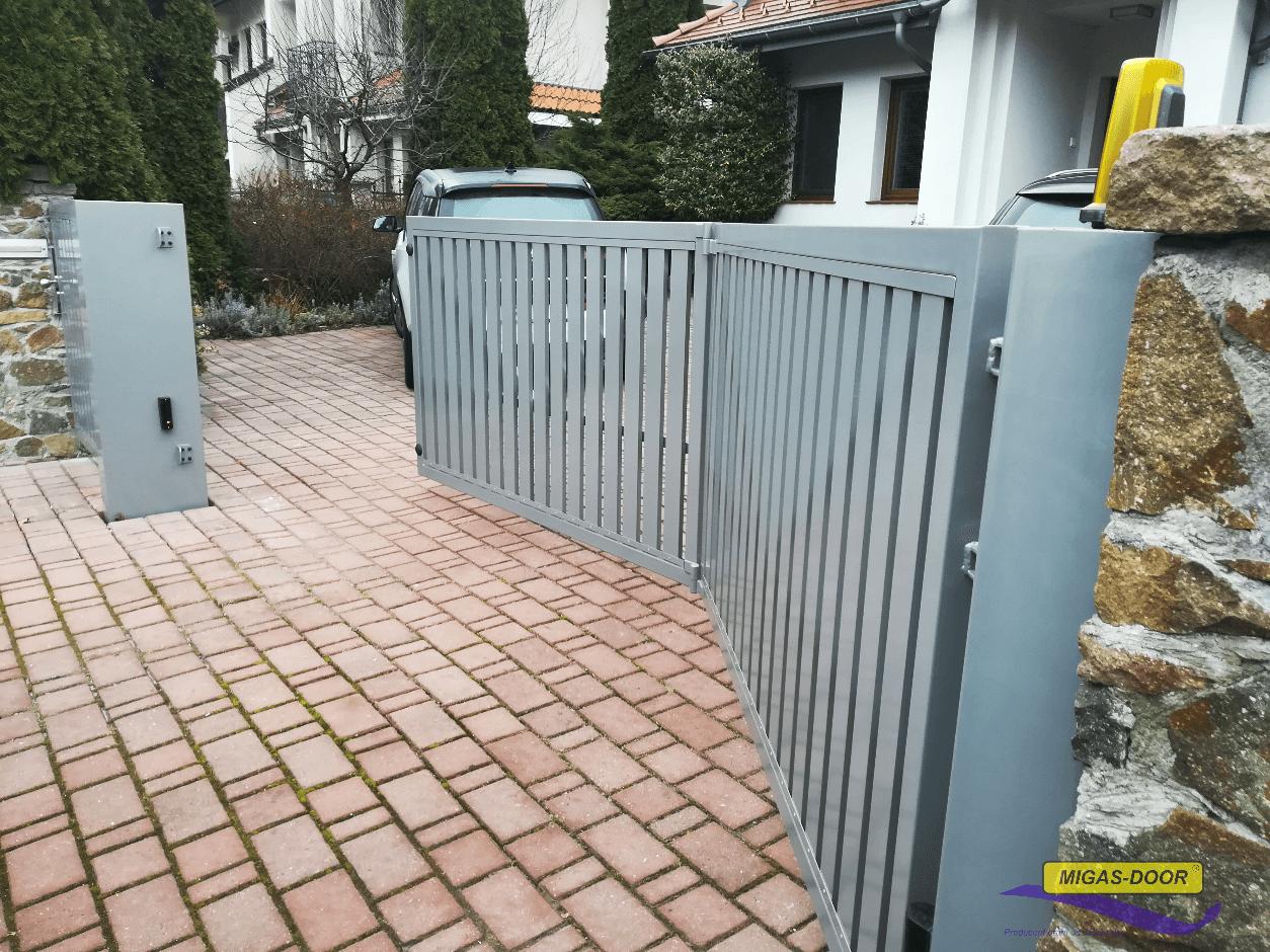 brama skrzydłowa harmonijkowa aluminium