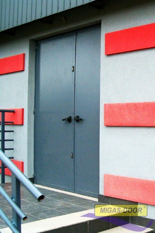 , Steel doors